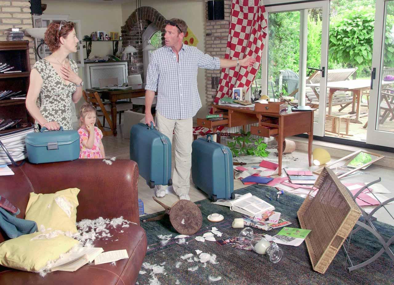 was ist unmittelbar nach einem einbruch zu tun safe home magazin. Black Bedroom Furniture Sets. Home Design Ideas